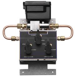Wet to Wet Pressure Transducer: Model 230