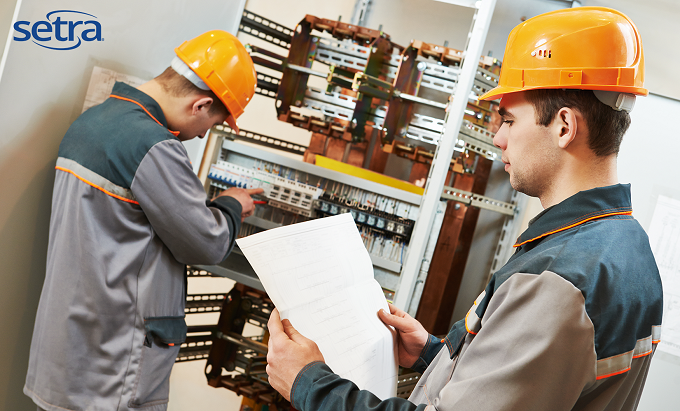 What do electrical contractors look for in a power meter?